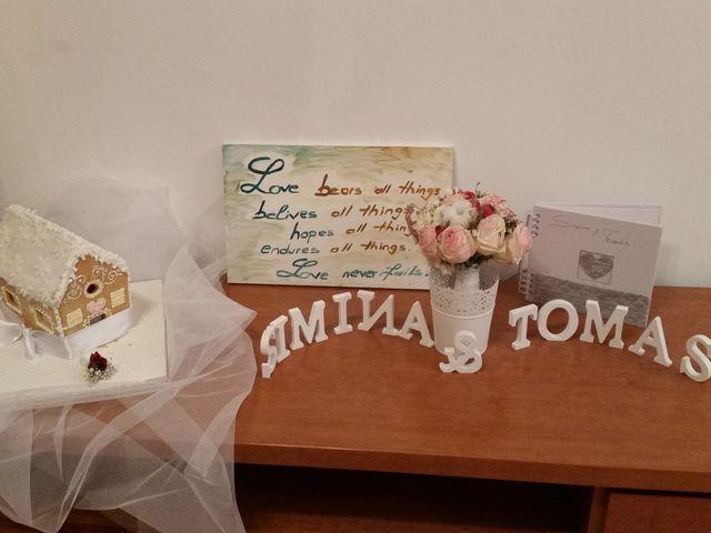 La boda de Tomás  y Simina  en Sant Boi De Llobregat, Barcelona 2