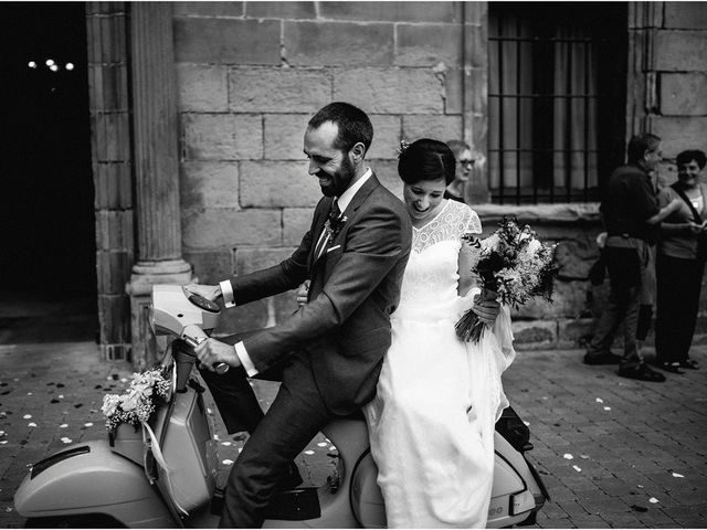 La boda de Ekhi y Nerea en Orio, Guipúzcoa 26