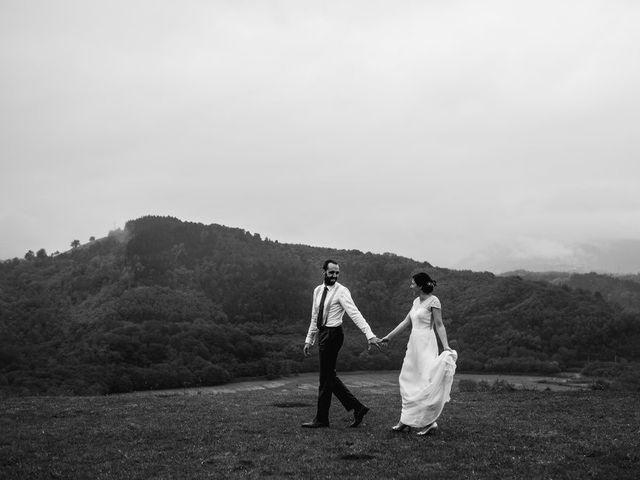 La boda de Ekhi y Nerea en Orio, Guipúzcoa 33