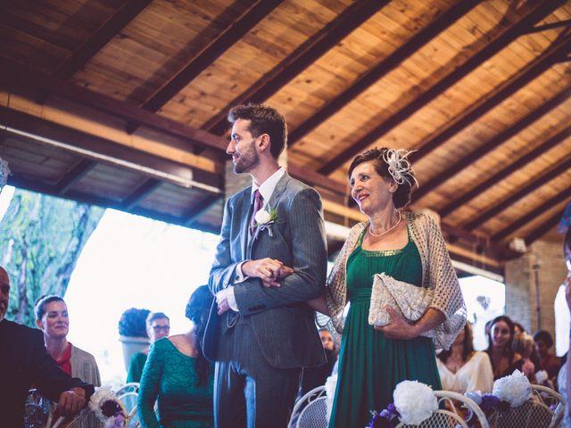 La boda de Asier y Briony en Alalpardo, Madrid 41