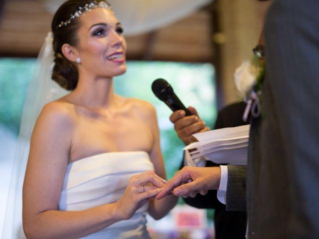 La boda de Asier y Briony en Alalpardo, Madrid 51