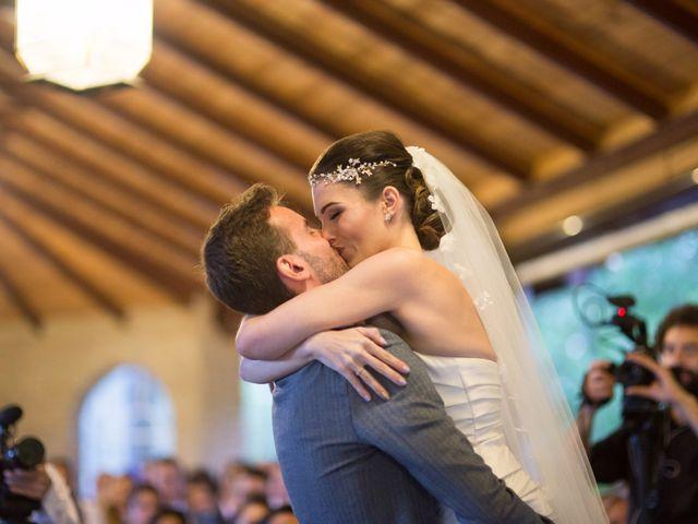 La boda de Asier y Briony en Alalpardo, Madrid 52