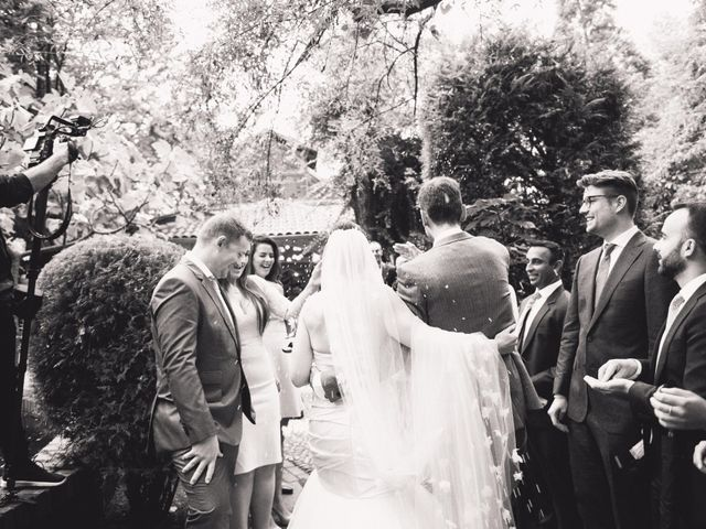 La boda de Asier y Briony en Alalpardo, Madrid 57