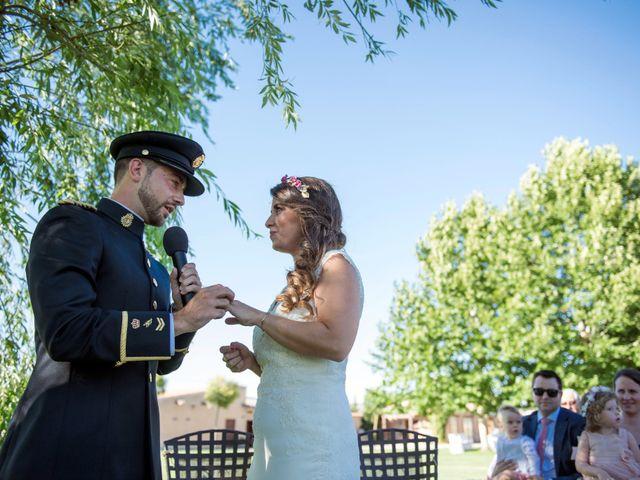 La boda de Alejandro y Ana en Hornillos De Eresma, Valladolid 15