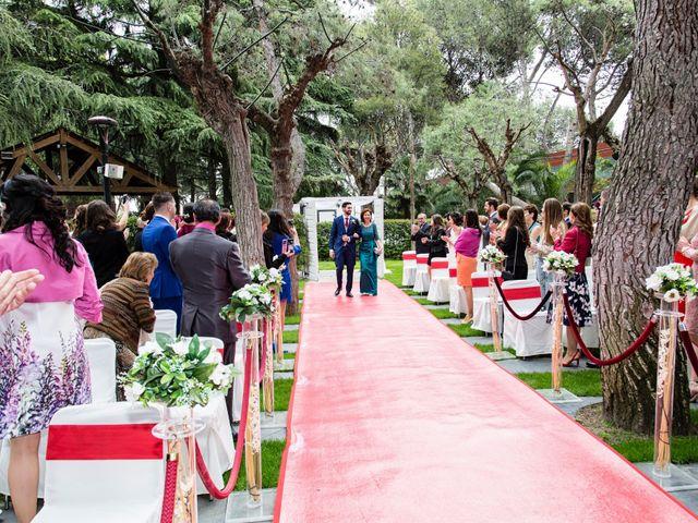 La boda de Javier y Cristina en Leganés, Madrid 11