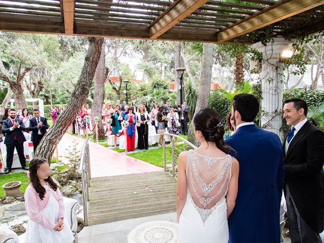 La boda de Javier y Cristina en Leganés, Madrid 17