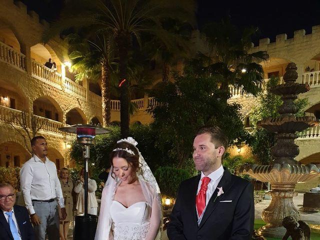 La boda de Manuel y Carolina  en Málaga, Málaga 4