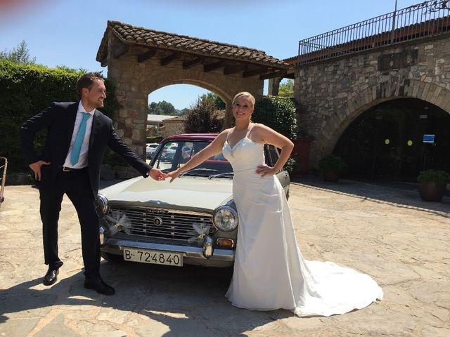 La boda de Sergi y Miracle en Santa Eulalia De Ronçana, Barcelona 3