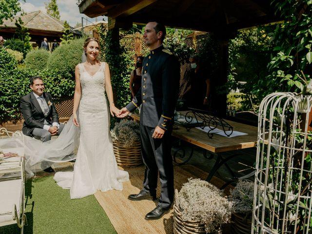 La boda de Elena y Jose Carlos en Miraflores De La Sierra, Madrid 81