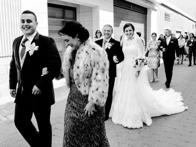 La boda de Manuel y Irene en Albatera, Alicante 16