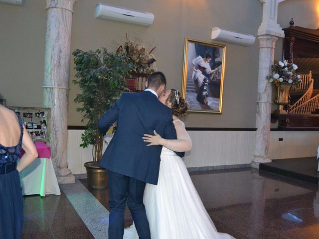 La boda de Ginés y Olga  en Sevilla, Sevilla 2