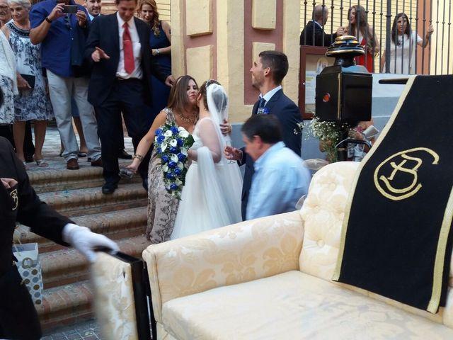 La boda de Ginés y Olga  en Sevilla, Sevilla 22