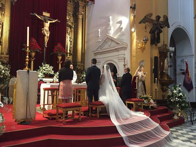 La boda de Ginés y Olga  en Sevilla, Sevilla 24