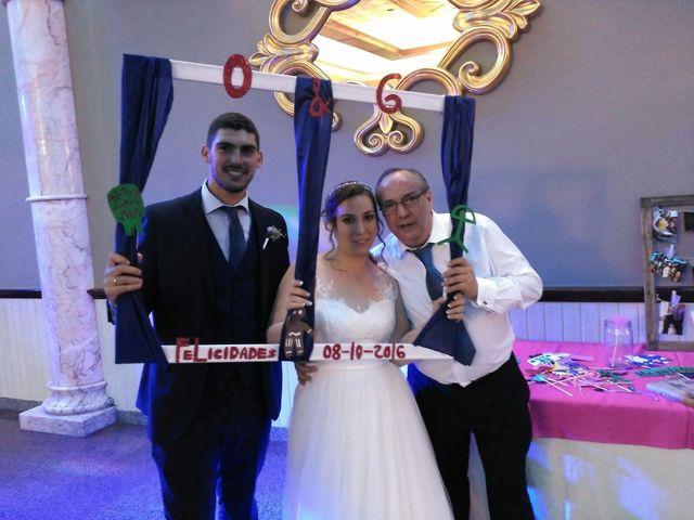 La boda de Ginés y Olga  en Sevilla, Sevilla 25