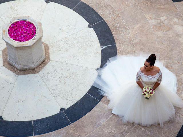 La boda de Juanma  y Susana  en Marbella, Málaga 24