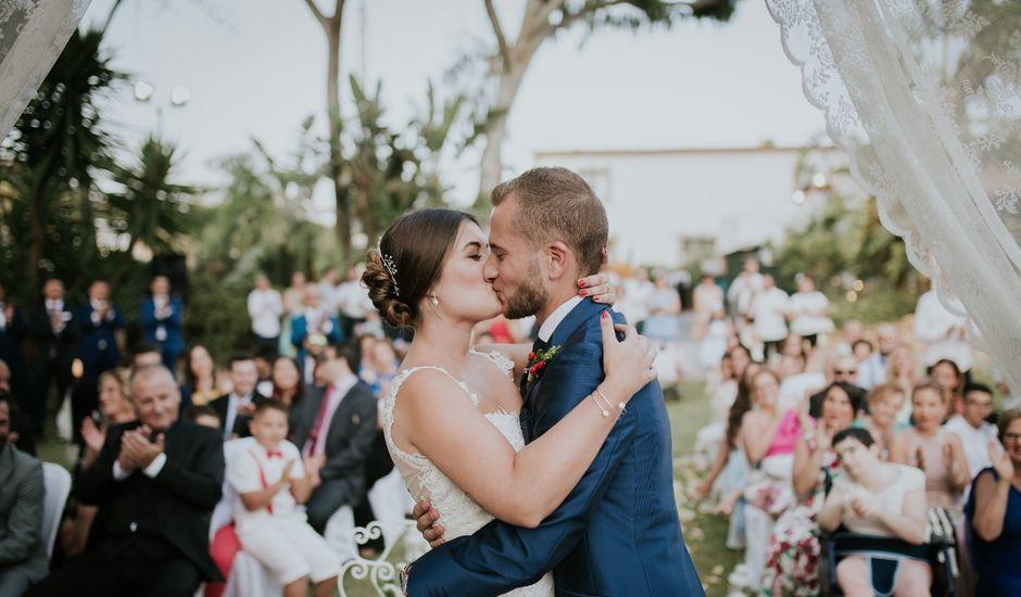 La boda de Carlos y Yolanda en Málaga, Málaga