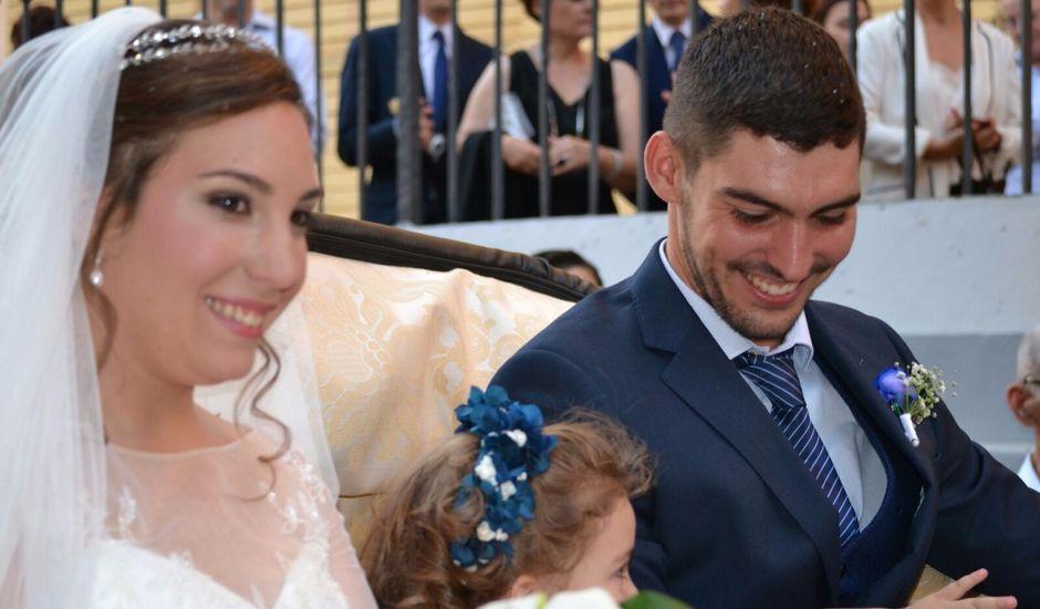 La boda de Ginés y Olga  en Sevilla, Sevilla