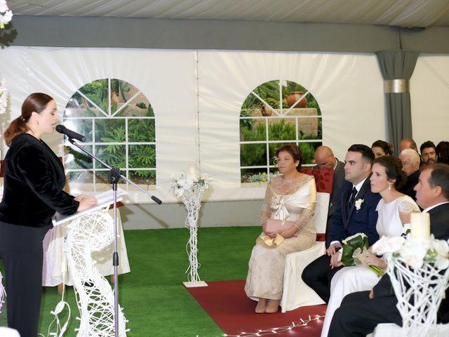 La boda de Manolo y Noelia en Alhaurin De La Torre, Málaga 17