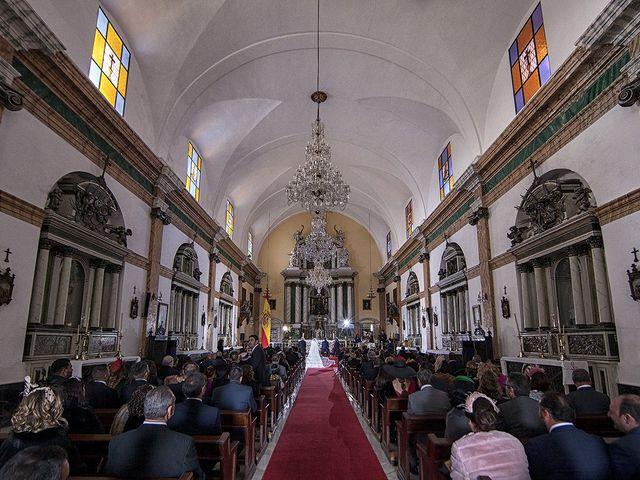 La boda de Miguel y Mª Amparo en Jerez De La Frontera, Cádiz 16