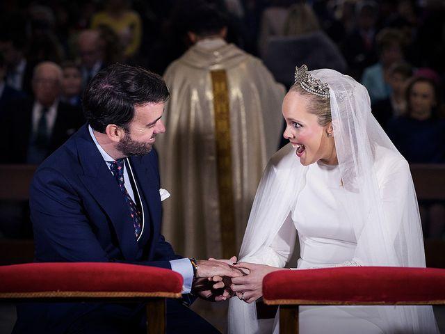 La boda de Miguel y Mª Amparo en Jerez De La Frontera, Cádiz 17