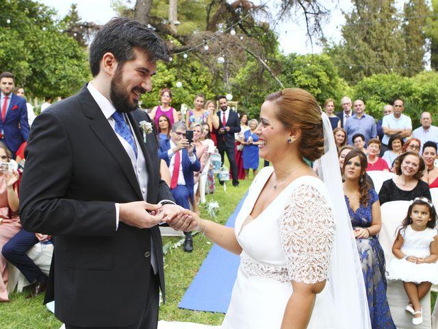 La boda de Rosalia y Ernesto en Tomares, Sevilla 16