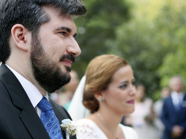 La boda de Rosalia y Ernesto en Tomares, Sevilla 20