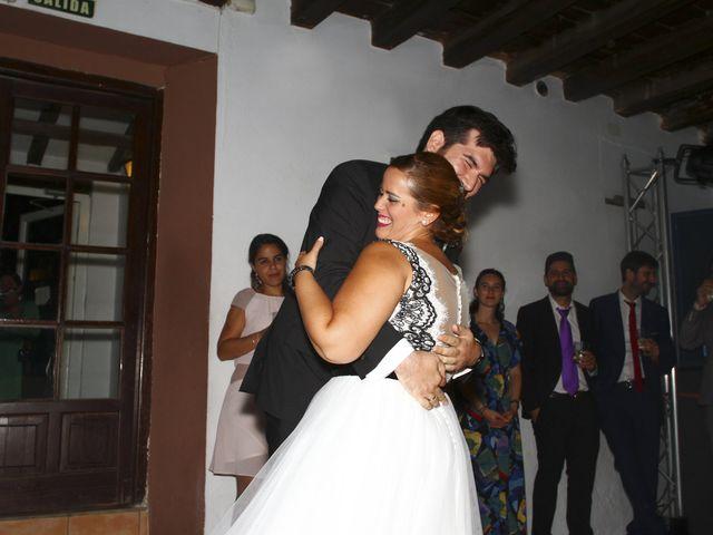 La boda de Rosalia y Ernesto en Tomares, Sevilla 32