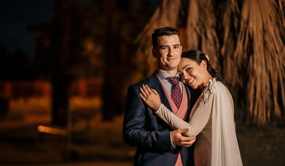 La boda de Alejandro y Macarena en Badajoz, Badajoz