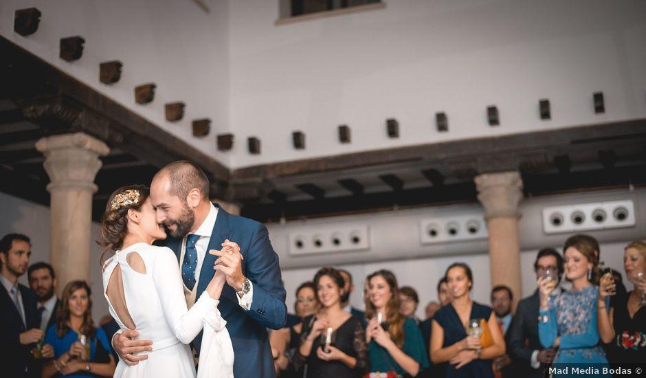 La boda de Alberto y Bea en Oviedo, Asturias