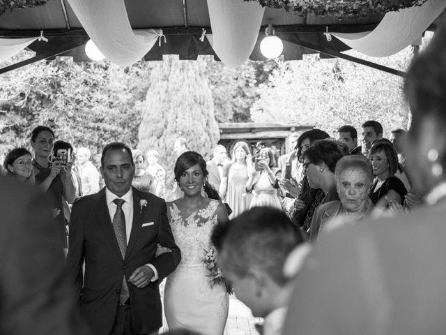 La boda de Arkaitz y Olatz en Loiu, Vizcaya 18