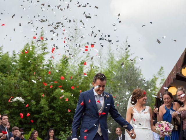 La boda de Arkaitz y Olatz en Loiu, Vizcaya 22