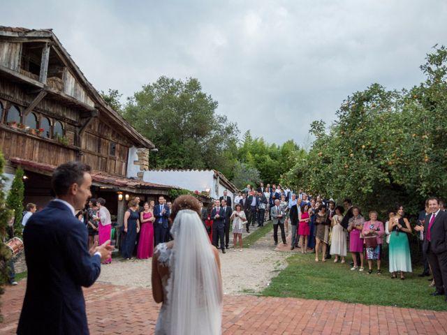 La boda de Arkaitz y Olatz en Loiu, Vizcaya 26