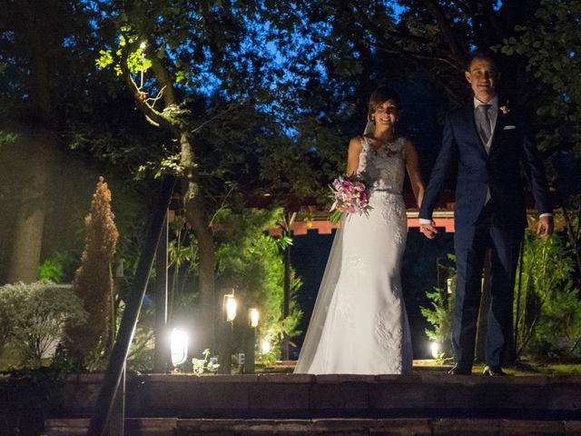 La boda de Arkaitz y Olatz en Loiu, Vizcaya 30