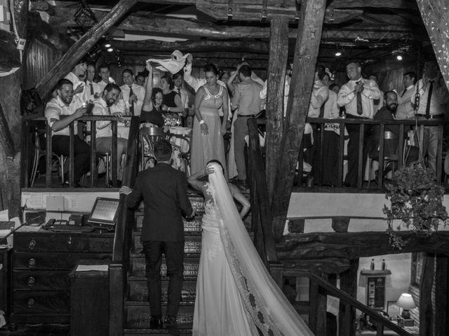 La boda de Arkaitz y Olatz en Loiu, Vizcaya 36