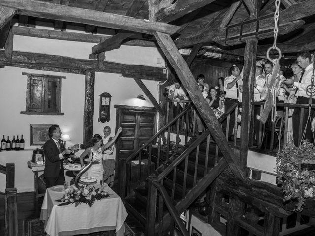 La boda de Arkaitz y Olatz en Loiu, Vizcaya 37