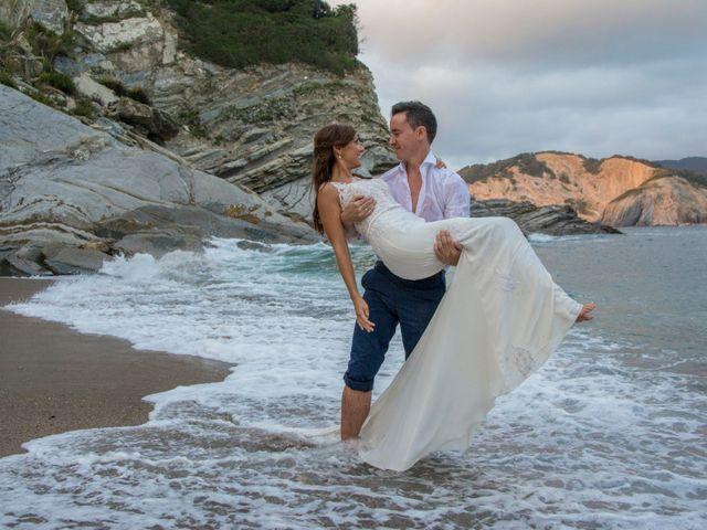 La boda de Arkaitz y Olatz en Loiu, Vizcaya 53