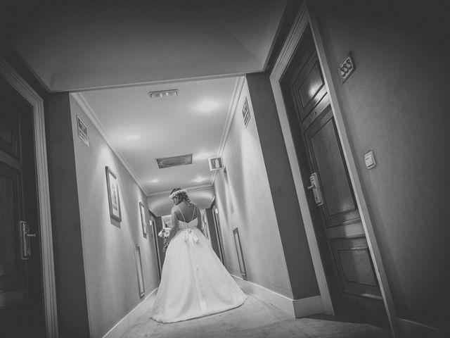 La boda de Diego y Arantxa en Oviedo, Asturias 13