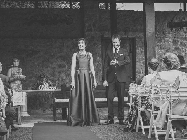 La boda de Diego y Arantxa en Oviedo, Asturias 18