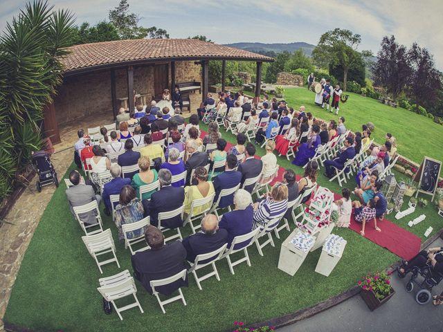La boda de Diego y Arantxa en Oviedo, Asturias 22