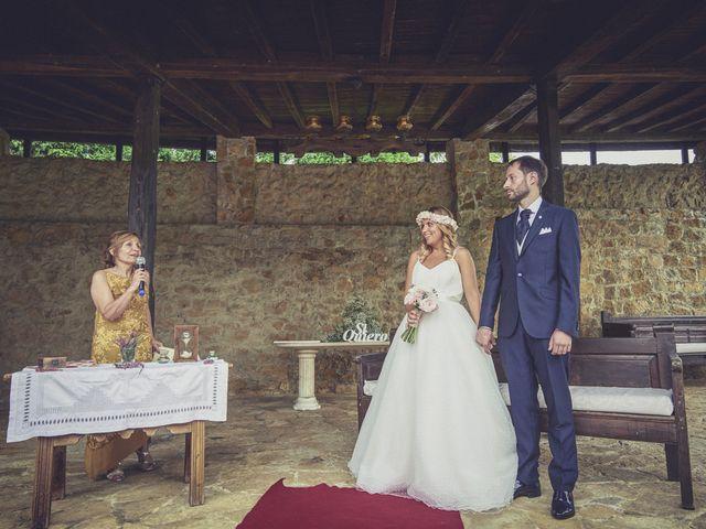 La boda de Diego y Arantxa en Oviedo, Asturias 29