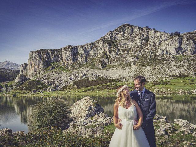 La boda de Diego y Arantxa en Oviedo, Asturias 52