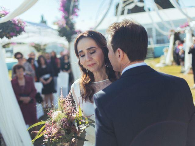 La boda de Ismael y Isabel en L' Ènova, Valencia 81