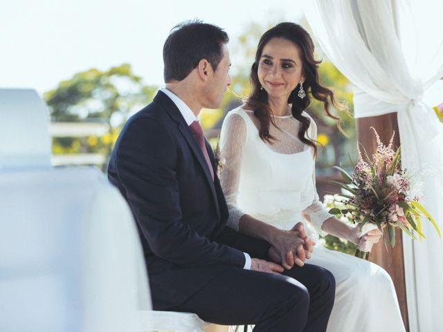 La boda de Ismael y Isabel en L' Ènova, Valencia 85