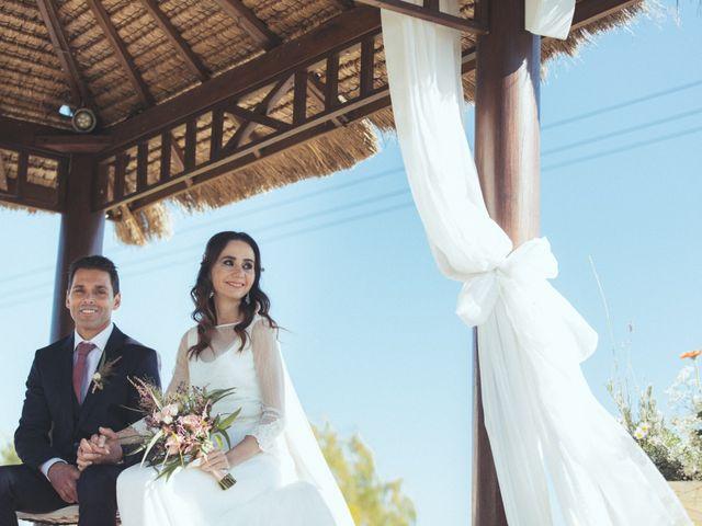La boda de Ismael y Isabel en L' Ènova, Valencia 87
