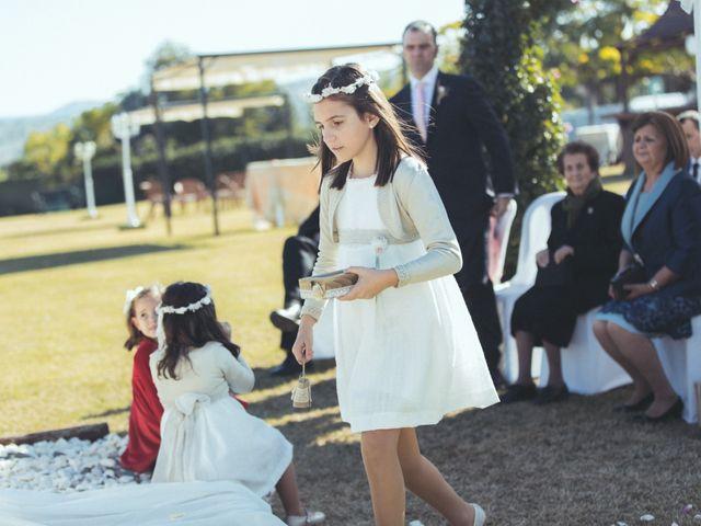 La boda de Ismael y Isabel en L' Ènova, Valencia 96