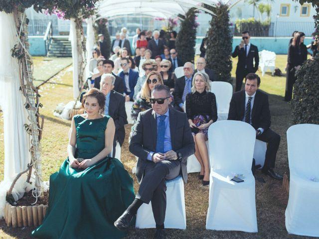 La boda de Ismael y Isabel en L' Ènova, Valencia 103