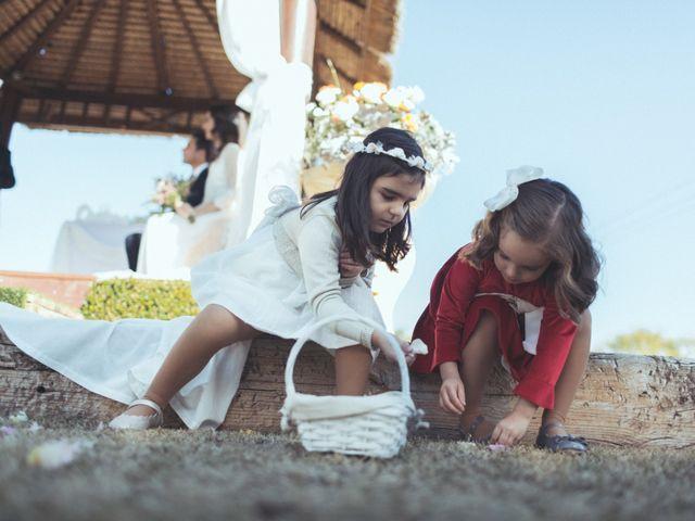 La boda de Ismael y Isabel en L' Ènova, Valencia 105