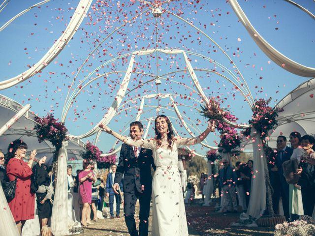 La boda de Ismael y Isabel en L' Ènova, Valencia 108