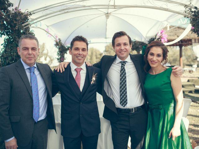 La boda de Ismael y Isabel en L' Ènova, Valencia 117