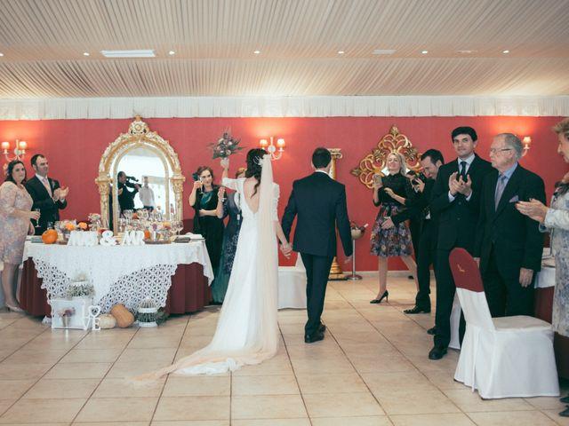 La boda de Ismael y Isabel en L' Ènova, Valencia 139